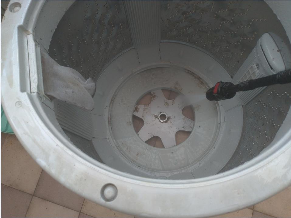 沖洗洗衣機內桶